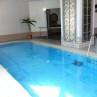 通年入れる屋内温水プール